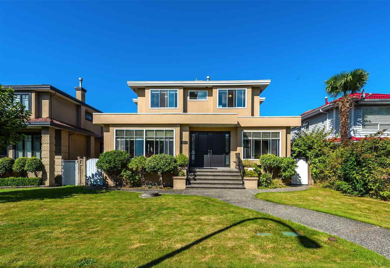 Main Photo: 2137 W 20TH Avenue in Vancouver: Arbutus House for sale (Vancouver West)  : MLS®# R2528675