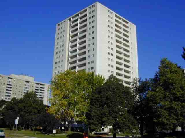 Main Photo: 8 1350 York Mills Road in Toronto: Condo for lease (C13: TORONTO)  : MLS®# C1985127