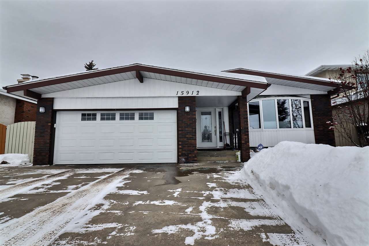 Main Photo: 15912 101 Street in Edmonton: Zone 27 House for sale : MLS®# E4187155
