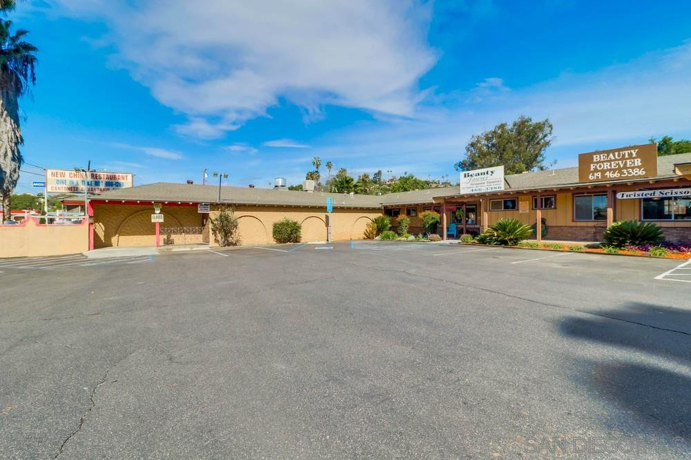 Main Photo: Property for sale: 9142-50 Campo Rd in Spring Valley