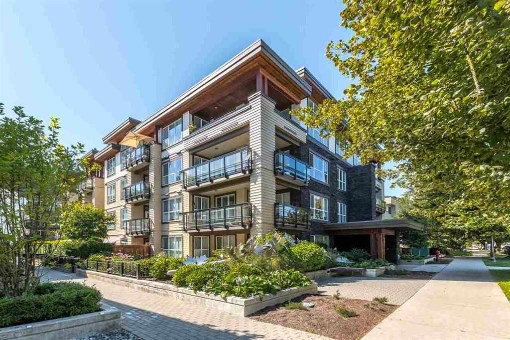 """Main Photo: 114 3205 MOUNTAIN Highway in North Vancouver: Lynn Valley Condo for sale in """"Millhouse"""" : MLS®# R2519638"""