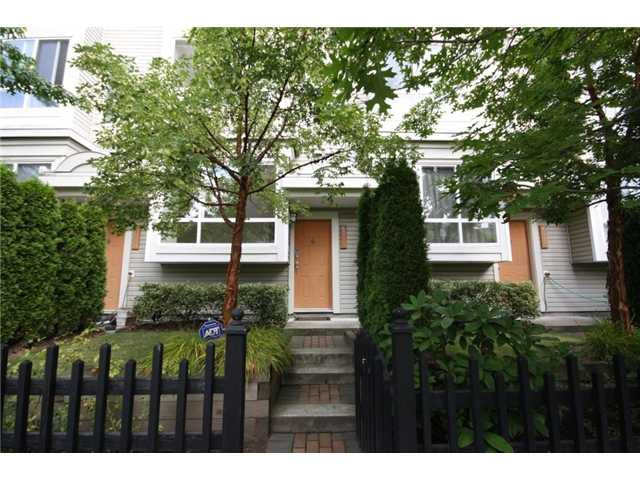 "Main Photo: 6711 VILLAGE Grove in Burnaby: Highgate Townhouse for sale in ""MONTEREY"" (Burnaby South)  : MLS®# V849378"