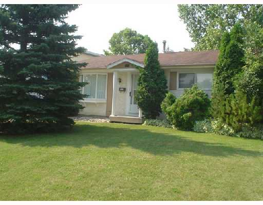 Main Photo: 118 MORNINGMEAD Walk in WINNIPEG: North Kildonan Single Family Detached for sale (North East Winnipeg)  : MLS®# 2713012