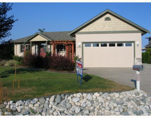 "Main Photo: 4875 BLUEGROUSE Drive in Sechelt: Sechelt District House for sale in ""Davis Bay"" (Sunshine Coast)  : MLS®# V782879"