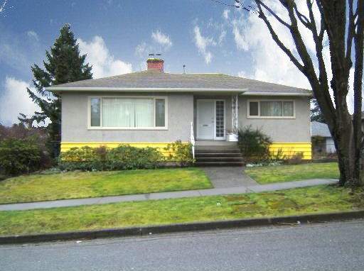 "Main Photo: 4770 DUCHESS Street in Vancouver: Collingwood VE House for sale in ""COLLINGWOOD"" (Vancouver East)  : MLS®# V809813"
