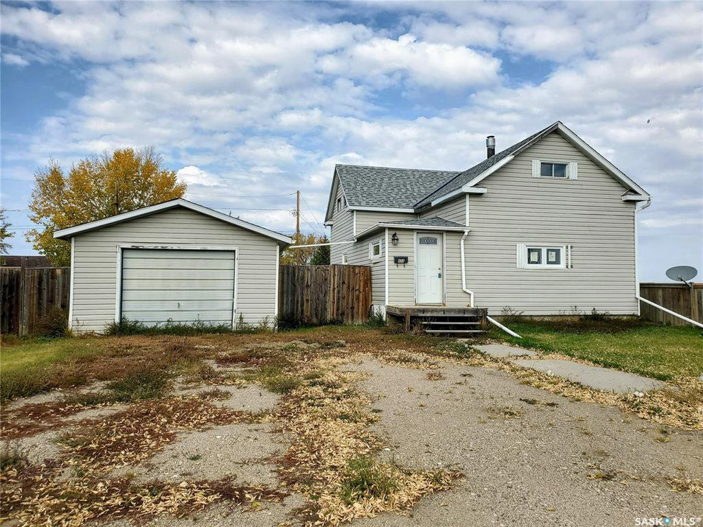 Main Photo: 408 Grant Street in Hanley: Residential for sale : MLS®# SK827812