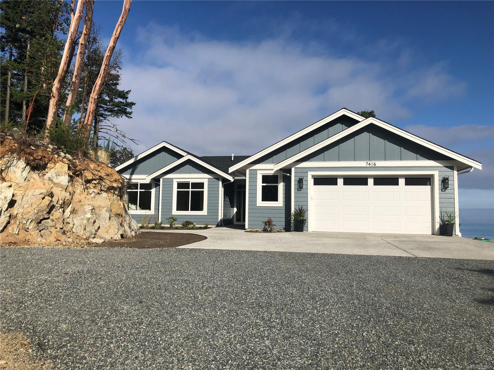 Main Photo: 7416 High Ridge Cres in : Na Upper Lantzville House for sale (Nanaimo)  : MLS®# 857605