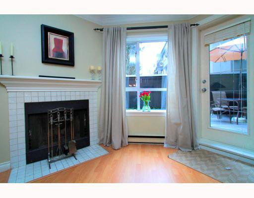 Photo 5: Photos: 119 555 W 14TH Avenue in Vancouver: Fairview VW Condo for sale (Vancouver West)  : MLS®# V808862