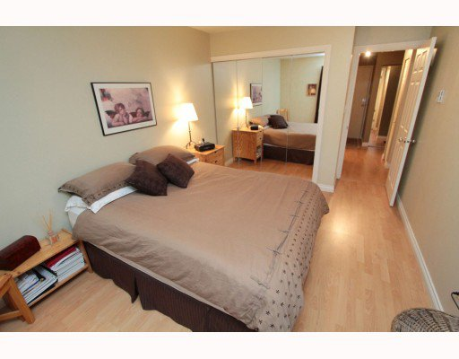 Photo 7: Photos: 119 555 W 14TH Avenue in Vancouver: Fairview VW Condo for sale (Vancouver West)  : MLS®# V808862