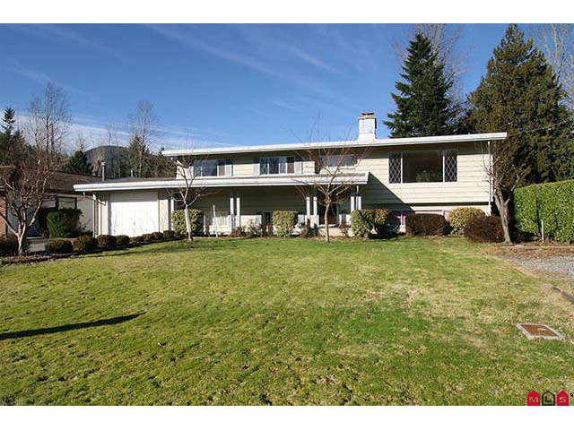 Main Photo: 489 NAISMITH Avenue: Harrison Hot Springs House for sale : MLS®# H1100358