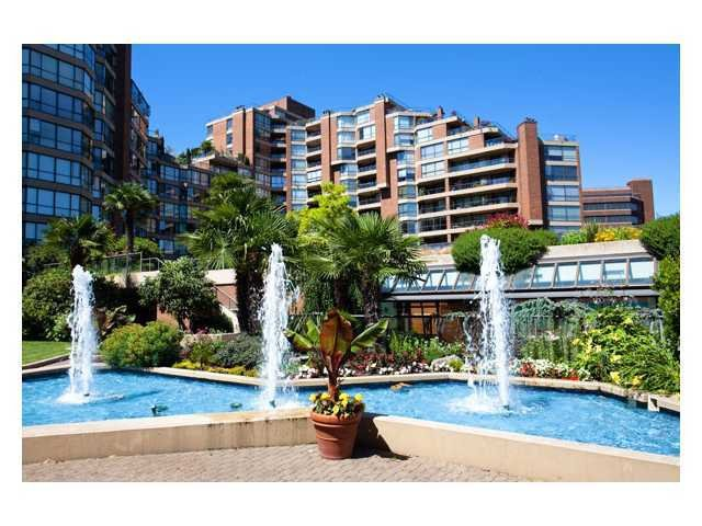 Main Photo: # 313 1490 PENNYFARTHING DR in Vancouver: False Creek Condo for rent (Vancouver West)  : MLS®# V906531