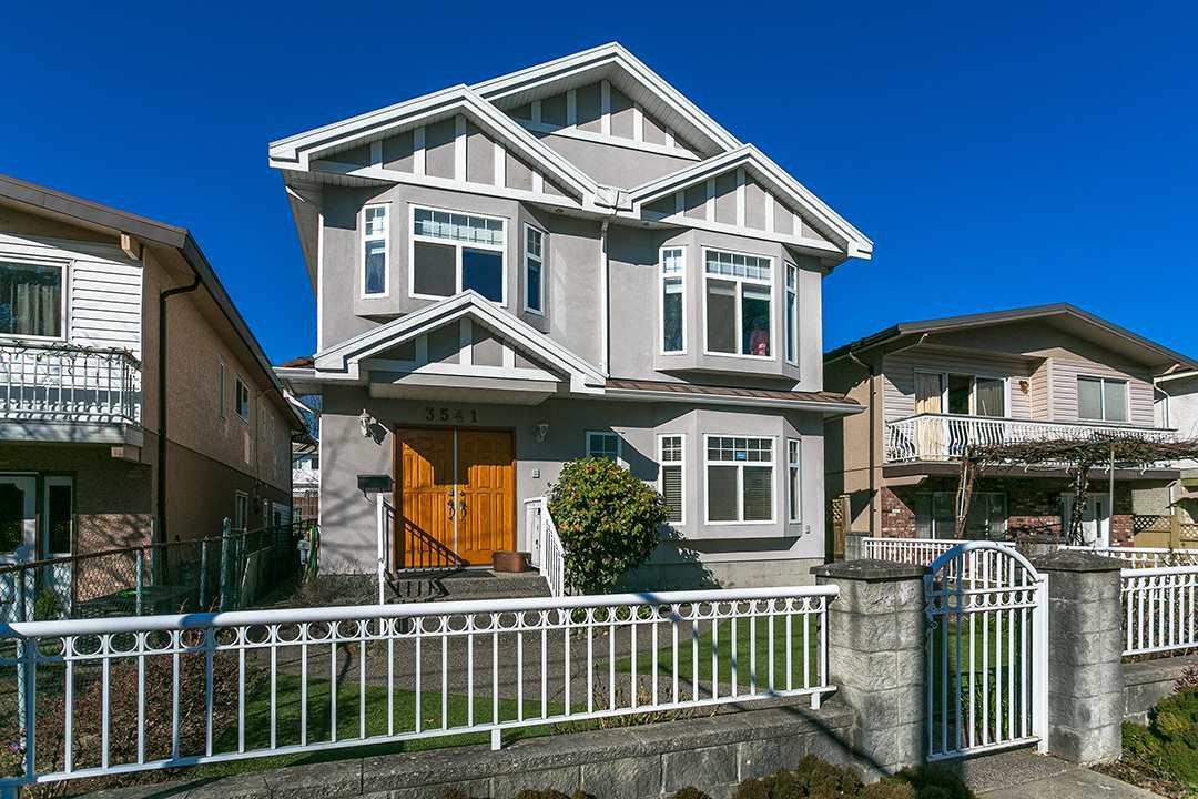 Main Photo: 3541 ADANAC Street in Vancouver: Renfrew VE House for sale (Vancouver East)  : MLS®# R2446192