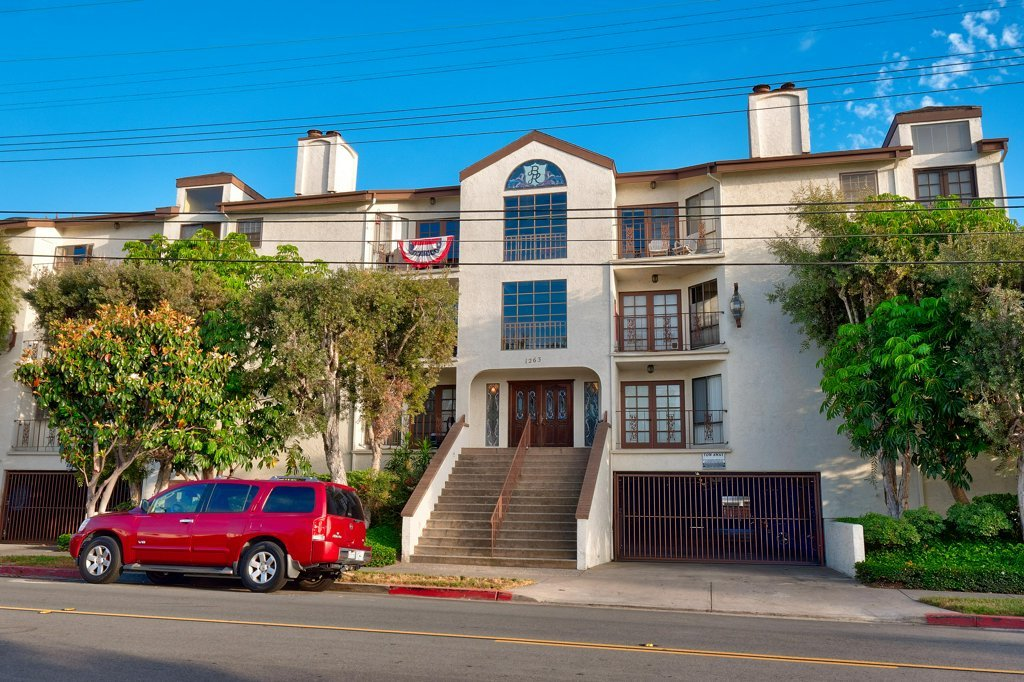 Main Photo: HILLCREST Condo for sale : 2 bedrooms : 1263 Robinson Ave #24 in San Diego