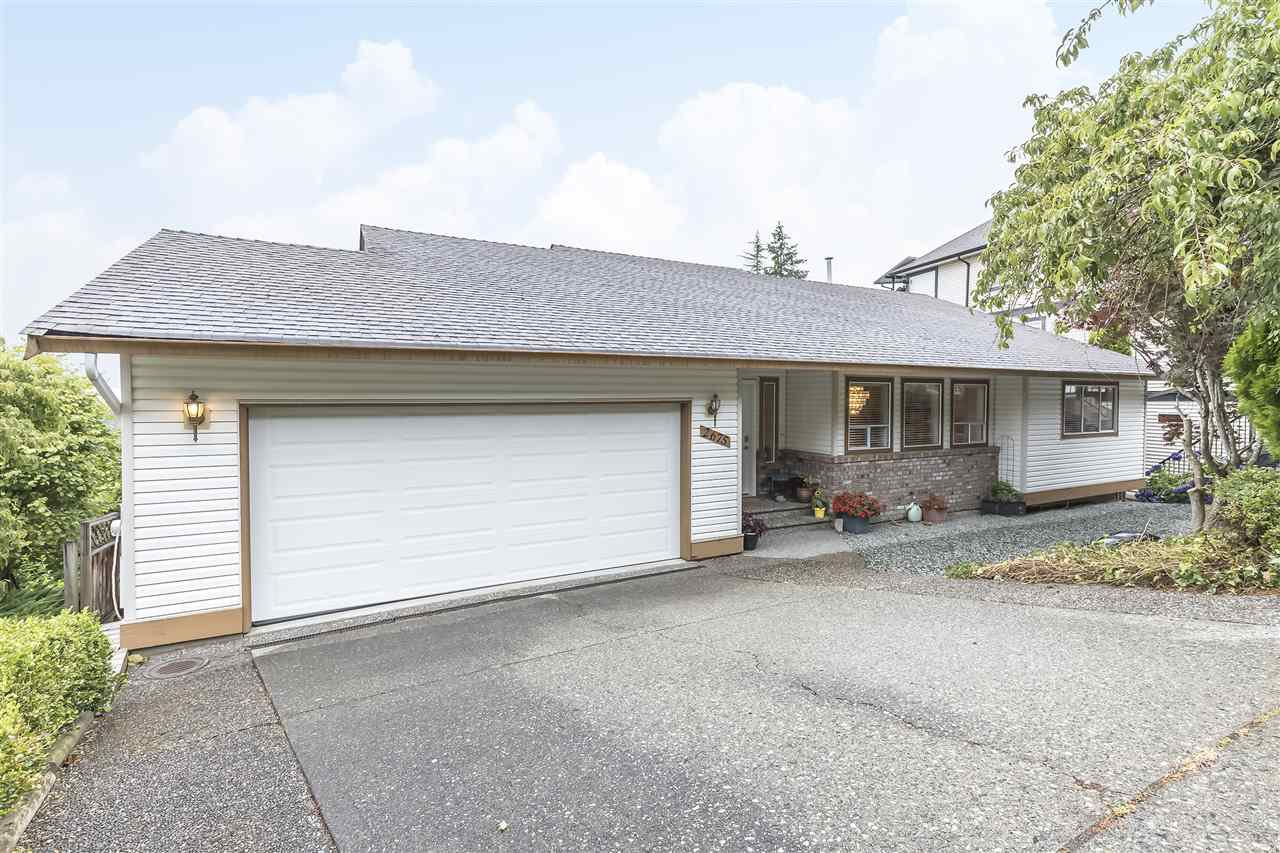 """Main Photo: 2675 ST GALLEN Way in Abbotsford: Abbotsford East House for sale in """"Glen Mountain"""" : MLS®# R2485378"""