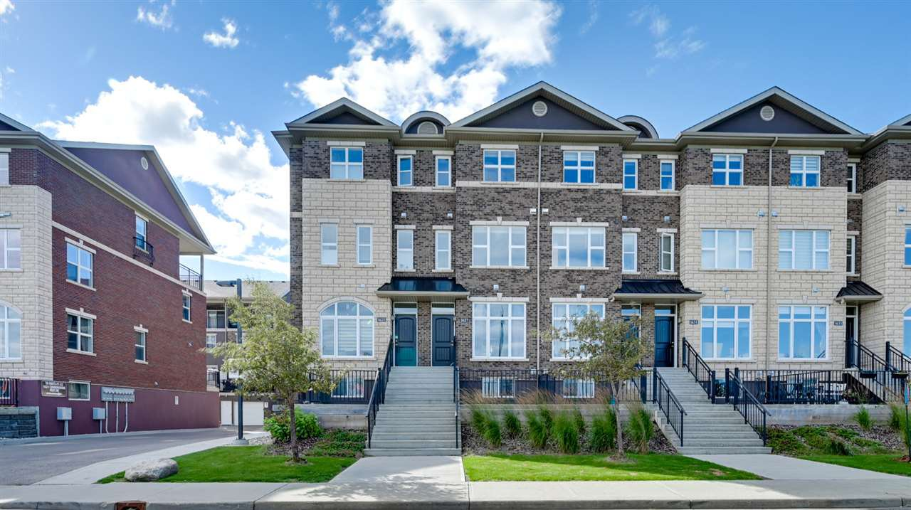 Main Photo: 1627 CUNNINGHAM Way in Edmonton: Zone 55 Townhouse for sale : MLS®# E4212682