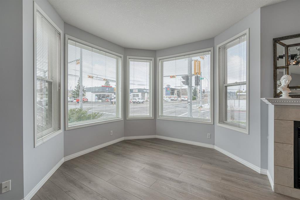 Photo 18: Photos: 107 2134 Kensington Road NW in Calgary: West Hillhurst Apartment for sale : MLS®# A1040983
