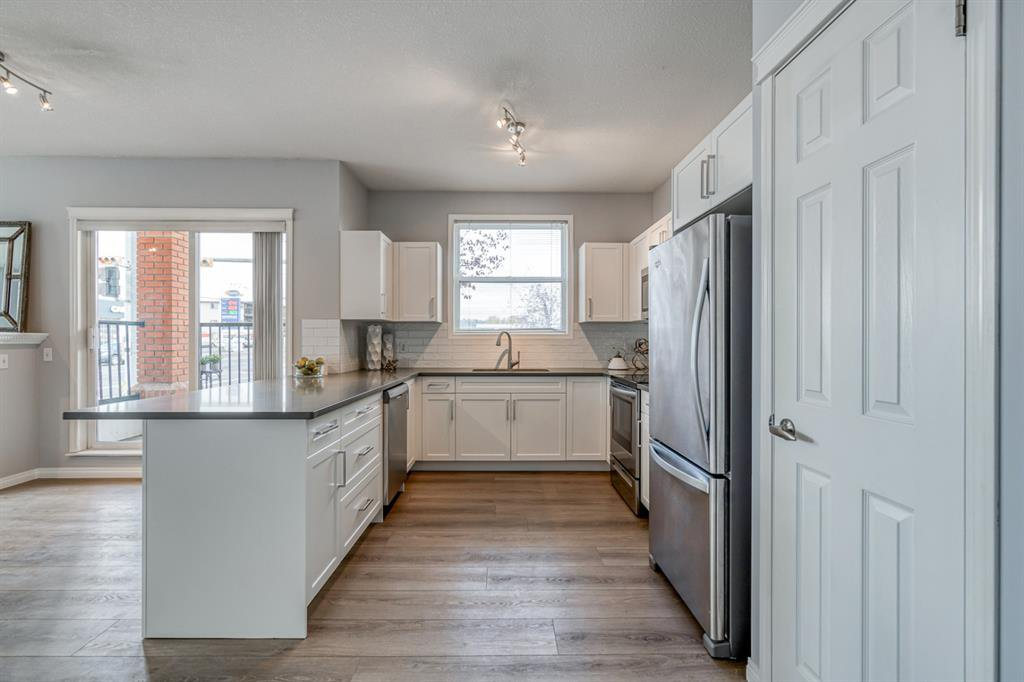 Photo 11: Photos: 107 2134 Kensington Road NW in Calgary: West Hillhurst Apartment for sale : MLS®# A1040983