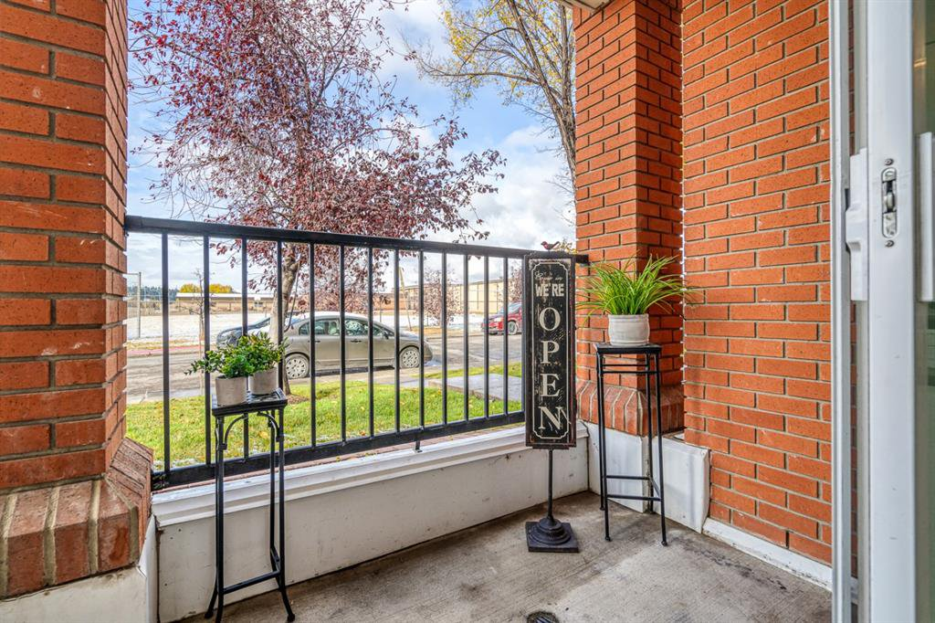 Photo 32: Photos: 107 2134 Kensington Road NW in Calgary: West Hillhurst Apartment for sale : MLS®# A1040983