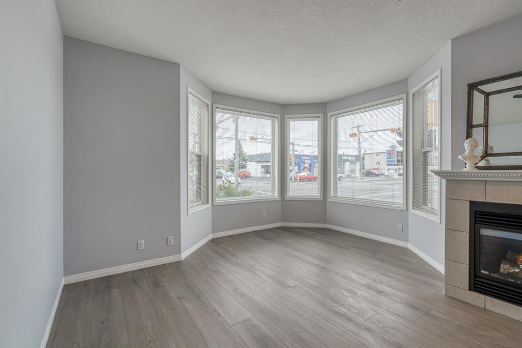 Photo 17: Photos: 107 2134 Kensington Road NW in Calgary: West Hillhurst Apartment for sale : MLS®# A1040983