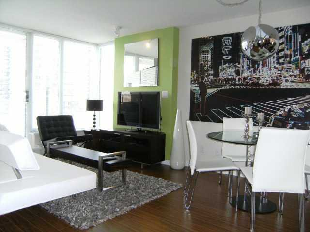 "Main Photo: 1107 689 ABBOTT Street in Vancouver: Downtown VW Condo for sale in ""ESPANA"" (Vancouver West)  : MLS®# V817676"
