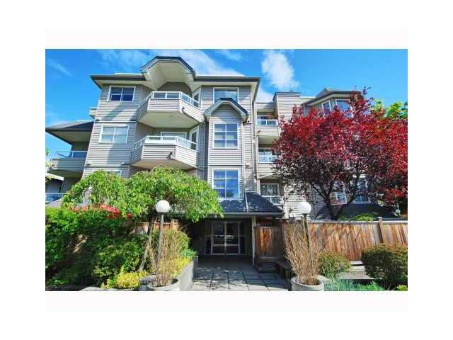 "Main Photo: 303 1481 E 4TH Avenue in Vancouver: Grandview VE Condo for sale in ""SCENIC VILLA"" (Vancouver East)  : MLS®# V833401"