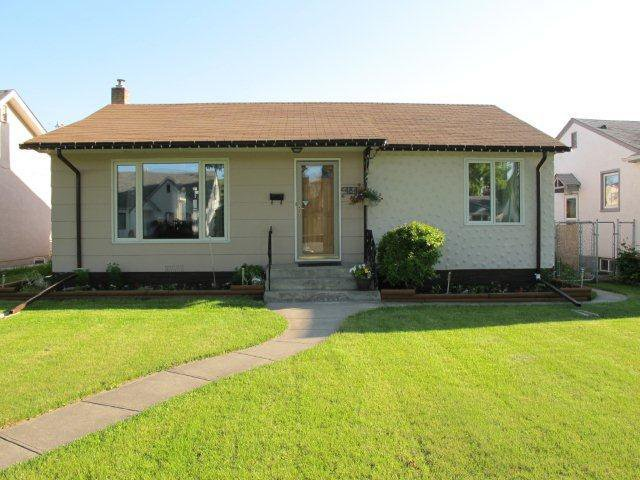 Main Photo:  in WINNIPEG: West Kildonan / Garden City Residential for sale (North West Winnipeg)  : MLS®# 1011070