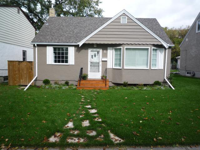 Main Photo: 21 DUNROBIN Avenue in WINNIPEG: East Kildonan Residential for sale (North East Winnipeg)  : MLS®# 1018741