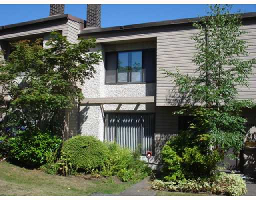 """Main Photo: 3364 VINCENT Street in Port_Coquitlam: Glenwood PQ Townhouse for sale in """"BURKEVIEW"""" (Port Coquitlam)  : MLS®# V726823"""