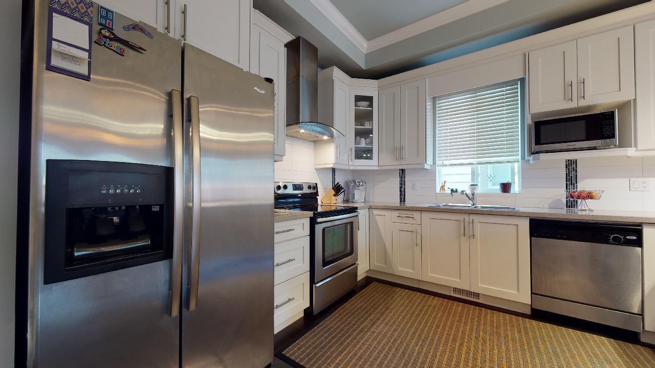 """Photo 16: Photos: 7317 192 Street in Surrey: Clayton 1/2 Duplex for sale in """"CLAYTON HEIGHTS"""" (Cloverdale)  : MLS®# R2489805"""