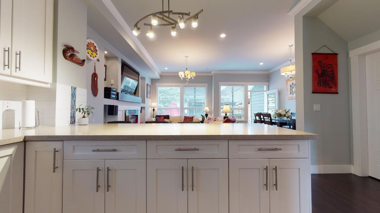 """Photo 19: Photos: 7317 192 Street in Surrey: Clayton 1/2 Duplex for sale in """"CLAYTON HEIGHTS"""" (Cloverdale)  : MLS®# R2489805"""