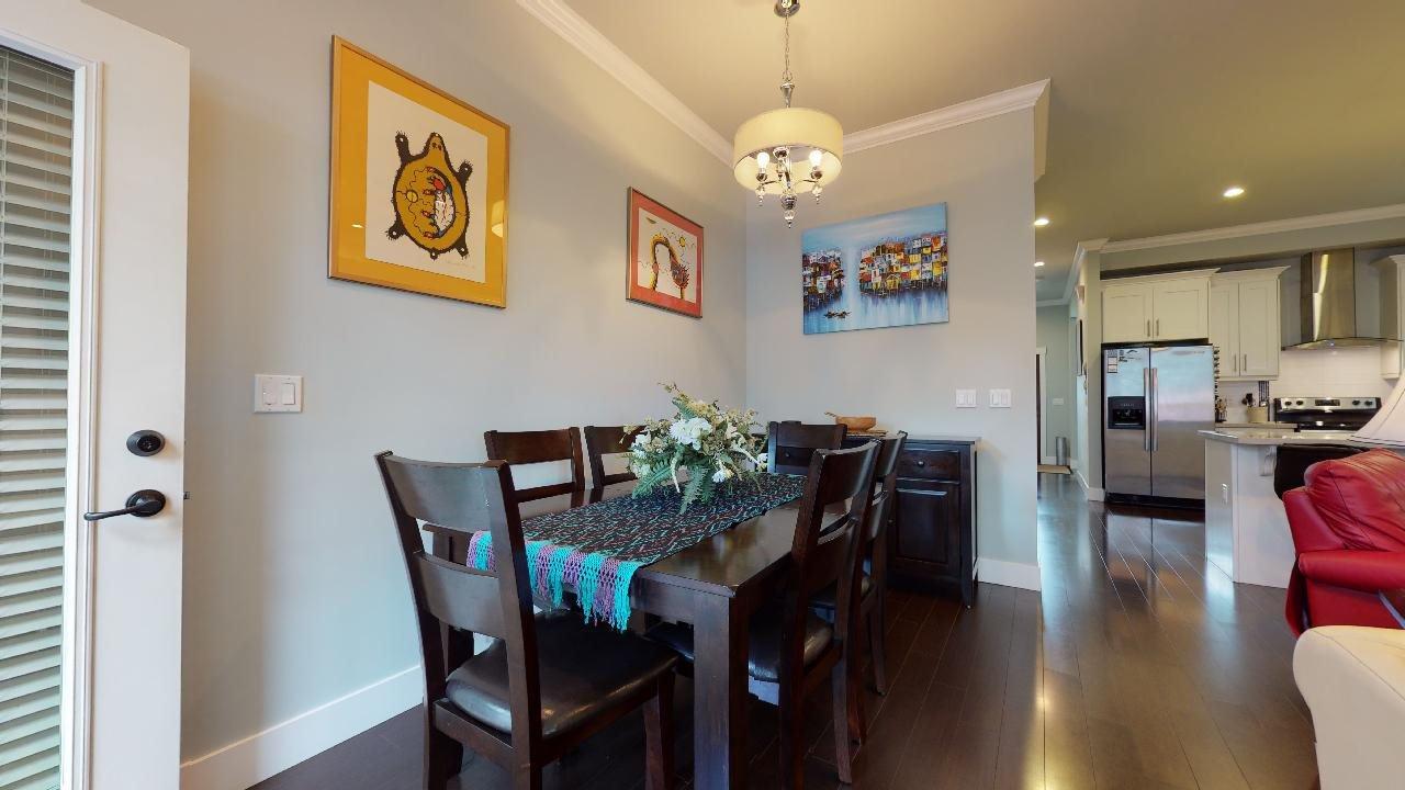 """Photo 8: Photos: 7317 192 Street in Surrey: Clayton 1/2 Duplex for sale in """"CLAYTON HEIGHTS"""" (Cloverdale)  : MLS®# R2489805"""