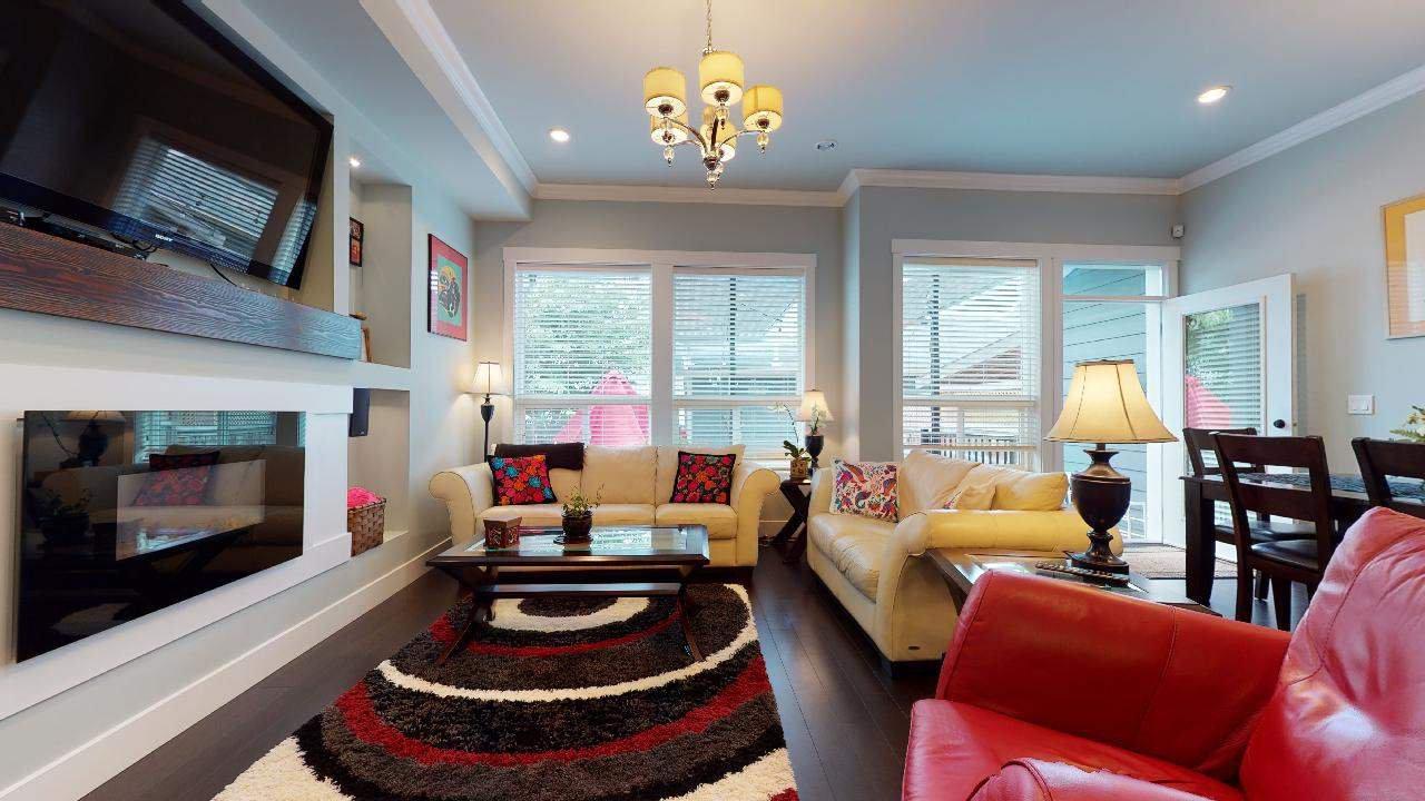 """Photo 11: Photos: 7317 192 Street in Surrey: Clayton 1/2 Duplex for sale in """"CLAYTON HEIGHTS"""" (Cloverdale)  : MLS®# R2489805"""