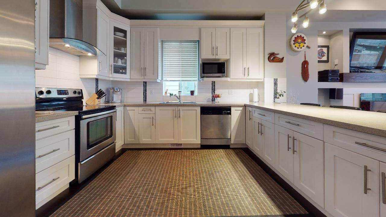 """Photo 34: Photos: 7317 192 Street in Surrey: Clayton 1/2 Duplex for sale in """"CLAYTON HEIGHTS"""" (Cloverdale)  : MLS®# R2489805"""