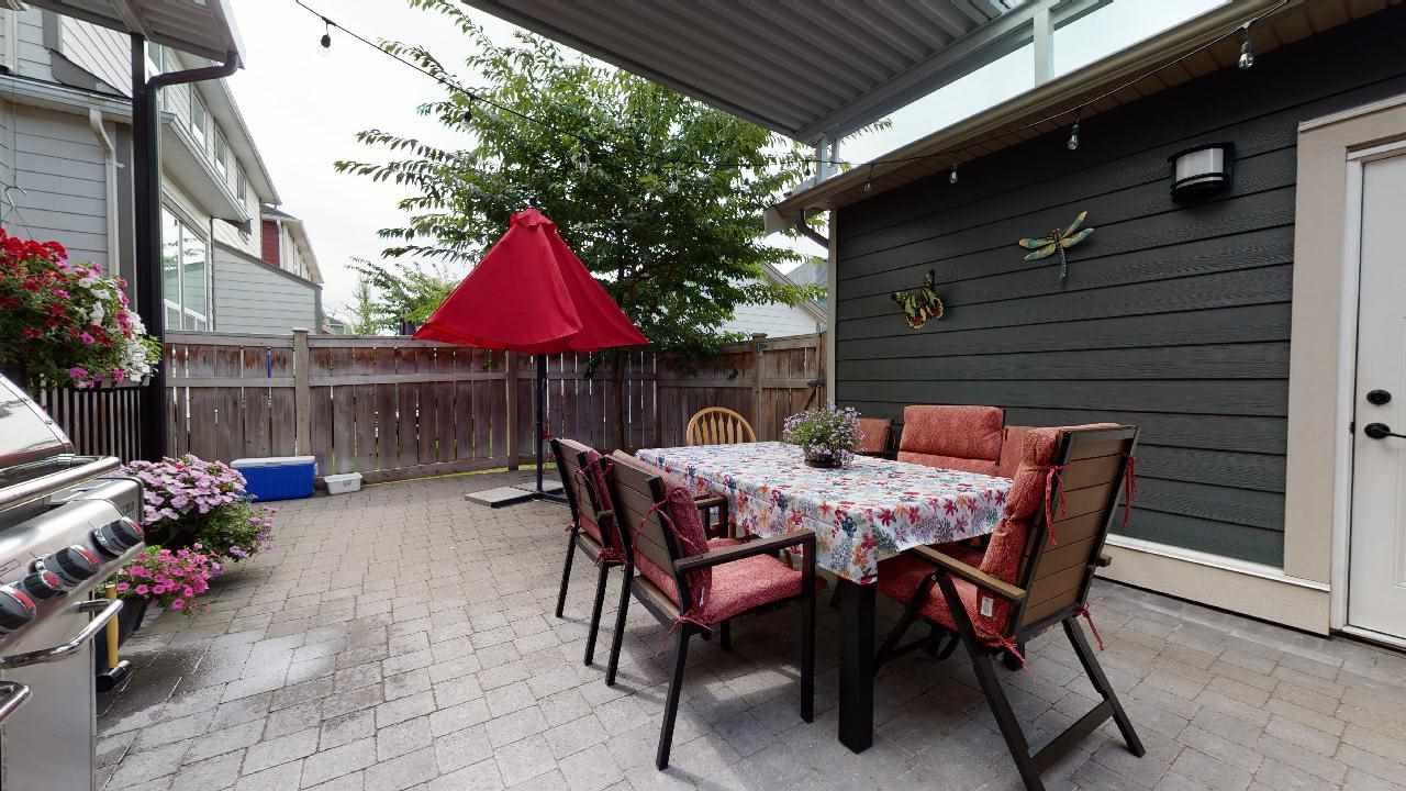 """Photo 3: Photos: 7317 192 Street in Surrey: Clayton 1/2 Duplex for sale in """"CLAYTON HEIGHTS"""" (Cloverdale)  : MLS®# R2489805"""