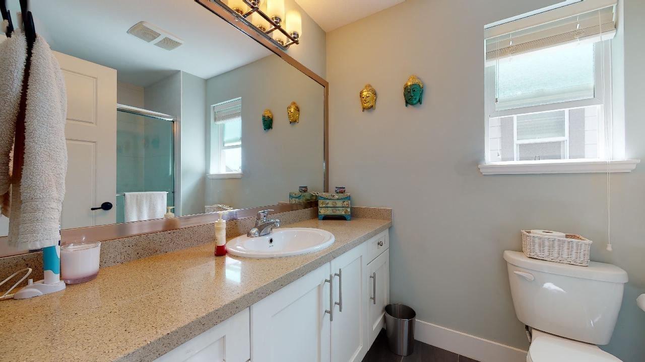 """Photo 26: Photos: 7317 192 Street in Surrey: Clayton 1/2 Duplex for sale in """"CLAYTON HEIGHTS"""" (Cloverdale)  : MLS®# R2489805"""