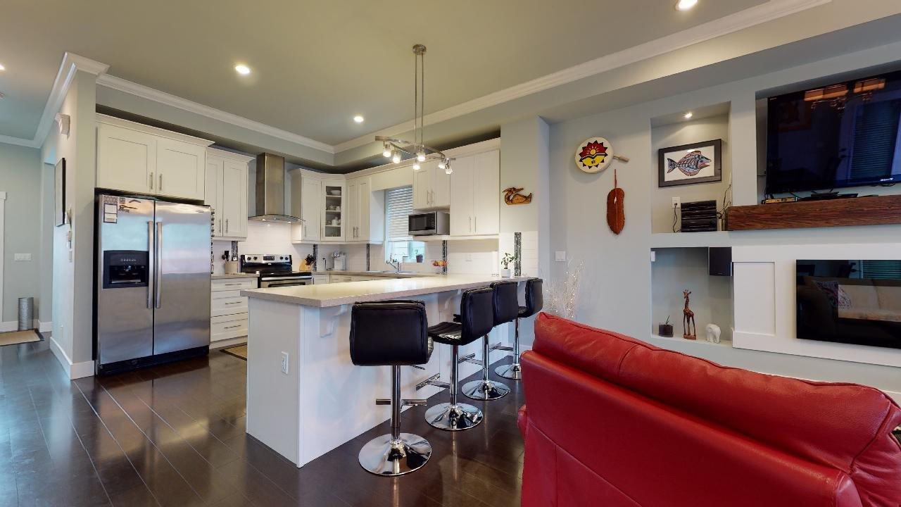 """Photo 10: Photos: 7317 192 Street in Surrey: Clayton 1/2 Duplex for sale in """"CLAYTON HEIGHTS"""" (Cloverdale)  : MLS®# R2489805"""