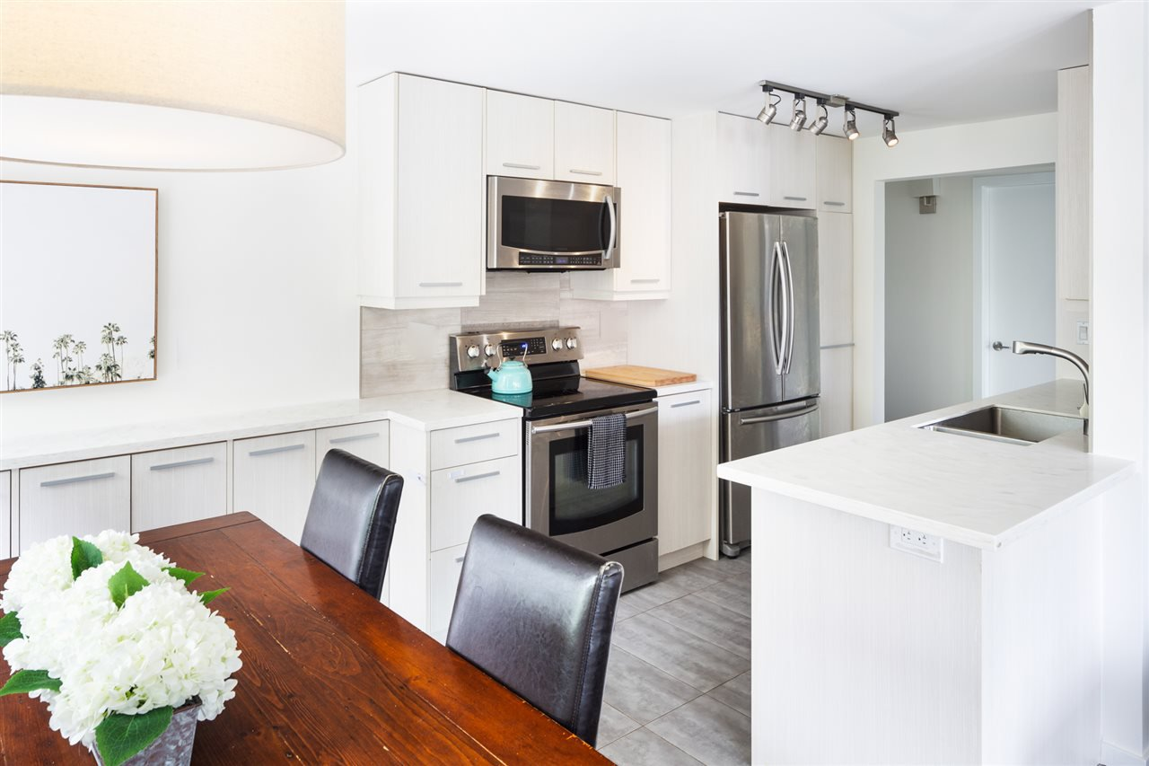 Main Photo: 102 444 E 6TH Avenue in Vancouver: Mount Pleasant VE Condo for sale (Vancouver East)  : MLS®# R2503211
