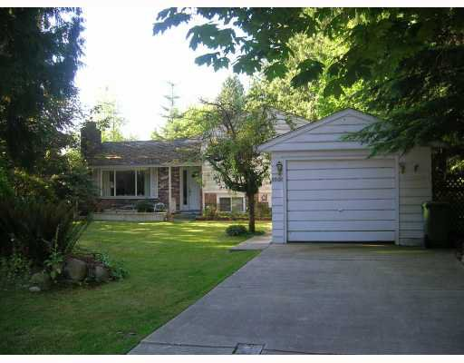 Photo 2: Photos: 1061 HANDSWORTH Road in North_Vancouver: Canyon Heights NV House for sale (North Vancouver)  : MLS®# V772403