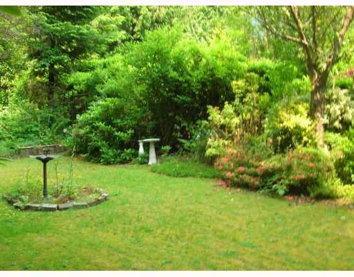 Photo 5: Photos: 1061 HANDSWORTH Road in North_Vancouver: Canyon Heights NV House for sale (North Vancouver)  : MLS®# V772403