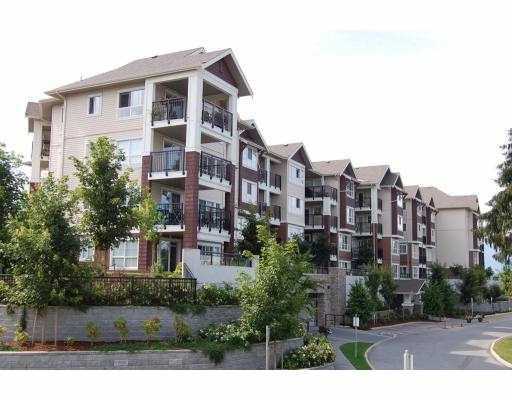 "Main Photo: 304 19677 MEADOW GARDENS Way in Pitt_Meadows: North Meadows Condo for sale in ""THE FAIRWAYS"" (Pitt Meadows)  : MLS®# V775121"