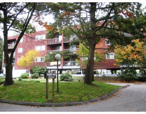 "Main Photo: 307 8391 BENNETT Road in Richmond: Brighouse South Condo for sale in ""GARDEN GLEN"" : MLS®# V775767"