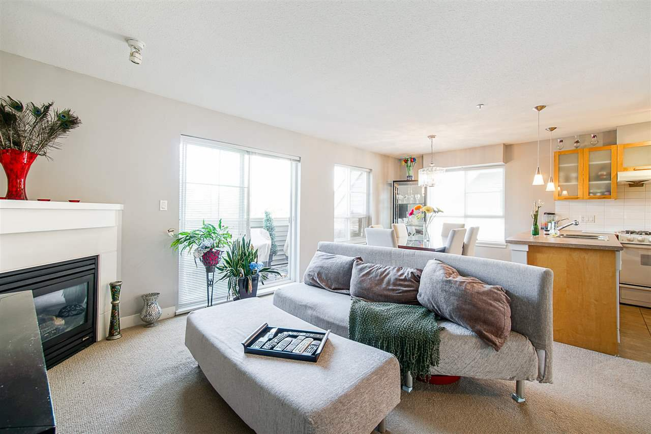 """Main Photo: 26 9339 ALBERTA Road in Richmond: McLennan North Townhouse for sale in """"Trellaine"""" : MLS®# R2427277"""