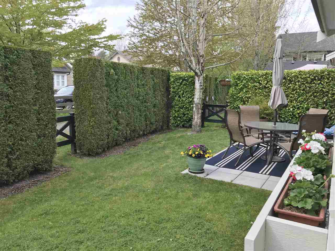 """Photo 19: Photos: 18 19490 FRASER Way in Pitt Meadows: South Meadows Townhouse for sale in """"Kingfisher at Osprey"""" : MLS®# R2444045"""