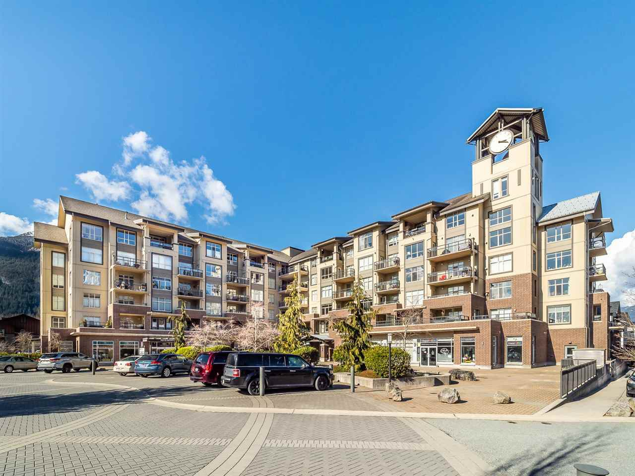 "Main Photo: 604 1211 VILLAGE GREEN Way in Squamish: Downtown SQ Condo for sale in ""Rockcliffe by Solterra"" : MLS®# R2444542"