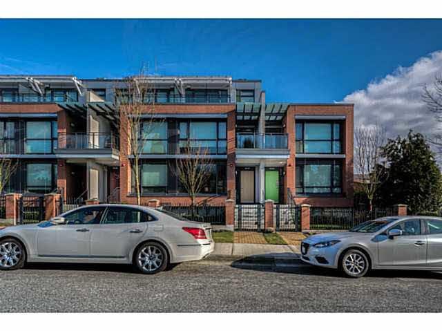 Main Photo: 6440 ASH STREET in : Oakridge VW Townhouse for sale : MLS®# V1101303