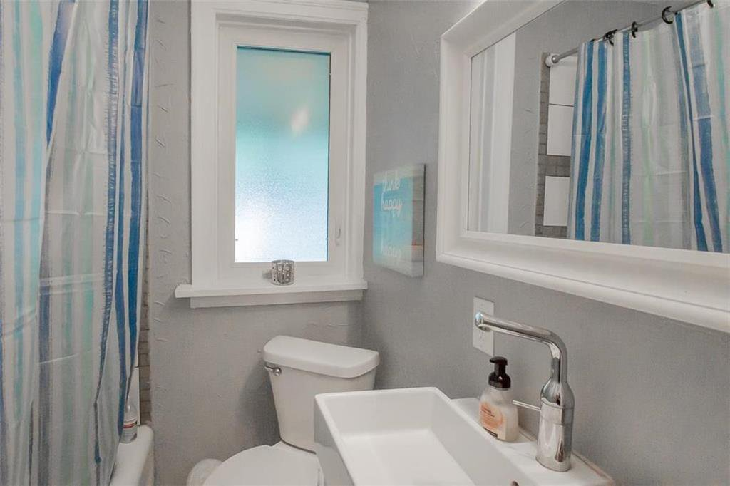 Photo 20: Photos: 655 Kingsway Avenue in Winnipeg: River Heights North Residential for sale (1C)  : MLS®# 202015726