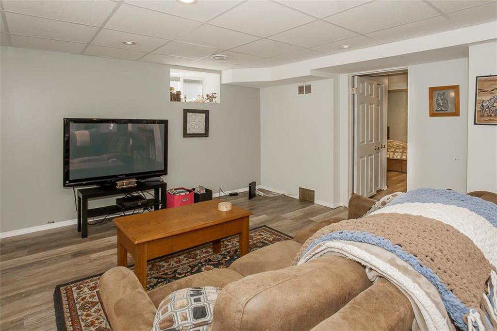 Photo 30: Photos: 655 Kingsway Avenue in Winnipeg: River Heights North Residential for sale (1C)  : MLS®# 202015726