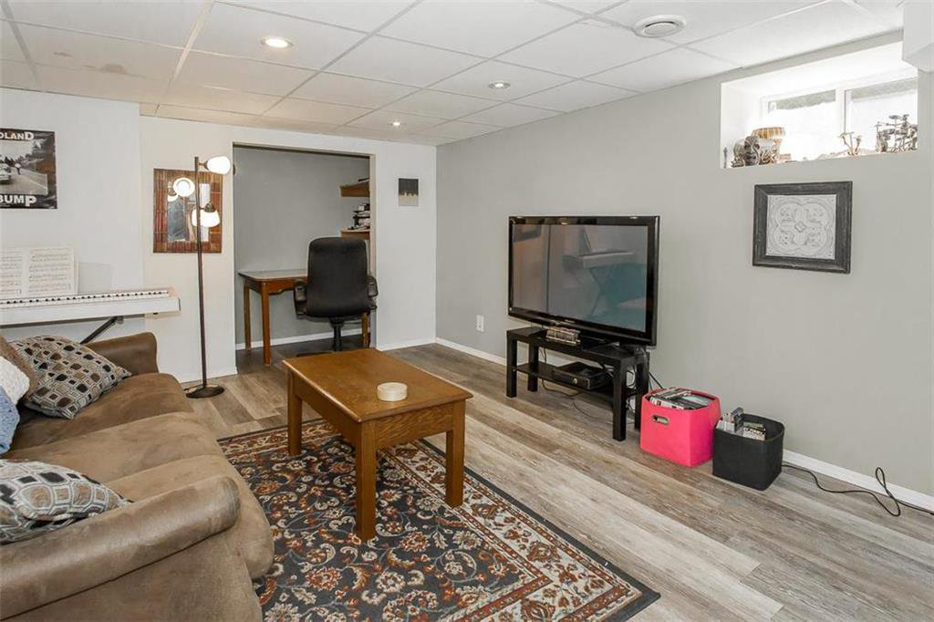 Photo 25: Photos: 655 Kingsway Avenue in Winnipeg: River Heights North Residential for sale (1C)  : MLS®# 202015726