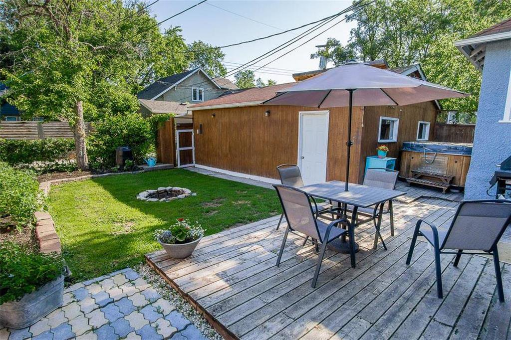 Photo 3: Photos: 655 Kingsway Avenue in Winnipeg: River Heights North Residential for sale (1C)  : MLS®# 202015726