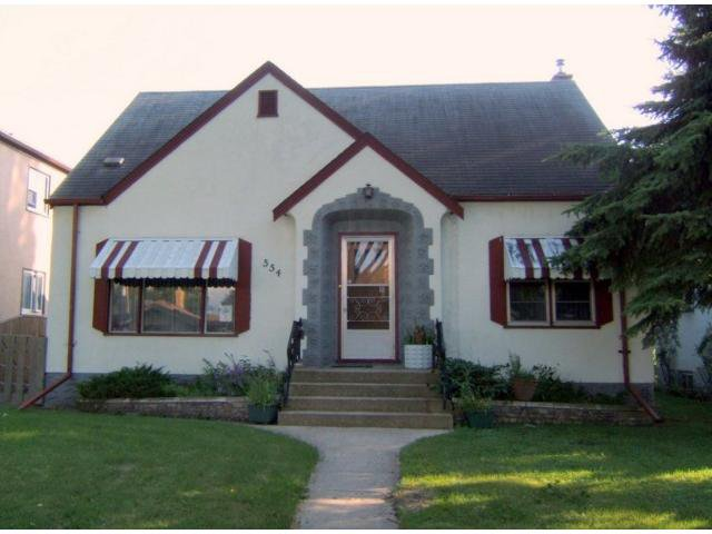 Main Photo: 554 MATHESON Avenue in WINNIPEG: West Kildonan / Garden City Residential for sale (North West Winnipeg)  : MLS®# 1015770